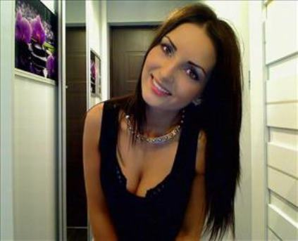SweetDiora cam model profile